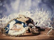 Abstrakcjonistyczni wakacyjni tła z karnawał maską Zdjęcie Royalty Free