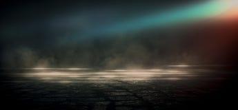 Abstrakcjonistyczny ciemny tło z promieniami, laserowym czerwonym widokiem i neonowym światłem, Pusty tunel, pokój, suterenowy no zdjęcie royalty free