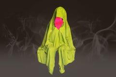 Abstrakcjonistyczny colorfull siedzi żadny twarz duchy z mgłą dymi tło Obraz Stock