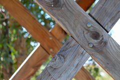 Abstrakcjonistyczny drewniany skrzyżowanie Obrazy Royalty Free