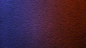 Abstrakcjonistyczny elektryczny b??kitny rubinowy czerwony kolor z ?ciennym szorstkim suchym tekstury t?em obrazy stock