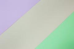 Abstrakcjonistyczny geometryczny papierowy tło Menchie, zieleń i pomarańczowi trendów kolory, fotografia royalty free