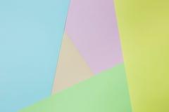 Abstrakcjonistyczny geometryczny papierowy tło Zieleń, kolor żółty, menchia, pomarańcze, błękitny trend barwi Fotografia Stock