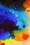 Abstrakcjonistyczny kolorowy tło olej w wody powierzchni pianie mydło z bąbla strzału makro- zakończeniem obrazy stock
