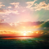 Abstrakcjonistyczny natury tło z wschodem słońca i oceanem Zdjęcie Royalty Free