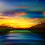 Abstrakcjonistyczny natury zieleni tło z złocistym wschodem słońca Fotografia Royalty Free