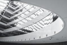 Abstrakcjonistyczny nowożytny architektury wnętrze Zdjęcia Royalty Free