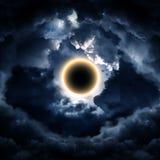 Abstrakcjonistyczny okrąg w chmurach fotografia stock