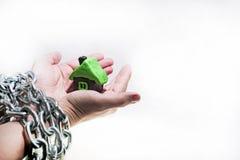 Abstrakcjonistyczny pomysł własność i kredyty Problemy z własnością, dom, pieniądze zdjęcie stock