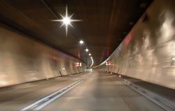 Abstrakcjonistyczny prędkość ruch w tunelowym tle obraz stock