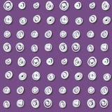 Abstrakcjonistyczny purpurowy bezszwowy wzór z białymi zawijasami royalty ilustracja