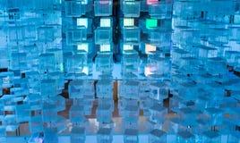 Abstrakcjonistyczny tło: Błękitni rodzynka sześciany Obrazy Stock