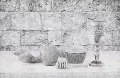Abstrakcjonistyczny tło Rosh hashanah &-x28; żydowski nowy rok holiday&-x29; pojęcie symbole tradycyjni Ołówkowy nakreślenie styl obrazy stock