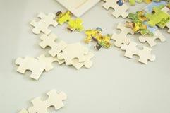 Abstrakcjonistyczny tło wyrzynarki części decyzi pracy zespołowej pojęcie Zdjęcia Stock