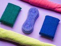 Abstrakcjonistyczny tło z cleaning płótnami, gąbki Obraz Stock