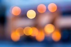 Abstrakcjonistyczny tło zamazani światła z bokeh skutkiem Obrazy Stock
