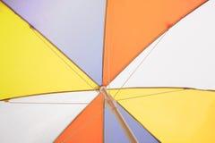Abstrakcjonistyczny tło kolorowy parasol Obrazy Stock
