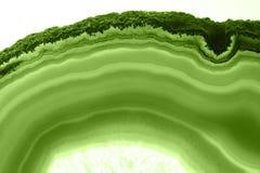 Abstrakcjonistyczny tło - zielonego agata plasterka PANTONE kopalny makro- greenery Obrazy Stock