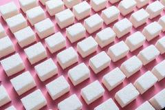 Abstrakcjonistyczny wizerunek równo interliniujący cukrowi sześciany Obrazy Stock
