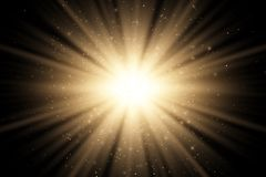 Abstrakcjonistyczny złoty elegancki lekki skutek na czarnym tle Złoci magiczni promienie i latanie złote błyskotliwość Jaskrawy w ilustracja wektor