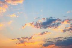 Abstrakcjonistyczny zmierzchu niebo z chmurami Fotografia Royalty Free