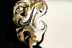 Abstrakt akrylbakgrund för marmor Marmorera konstverktextur Agatkrusningsmodell Guld- pulver arkivbilder