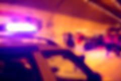 Abstrakt ambulans i en olycka på nattetid Royaltyfri Foto