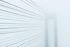Abstrakt arkitektonisk sammansättning i ljusa signaler Arkivfoton