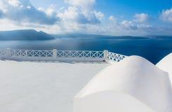 Abstrakt arkitektur av cycladic aegean traditionella byggnader, Santorini Arkivfoton