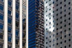 Abstrakt arkitektur av New York, ljusa reflexioner Royaltyfri Foto