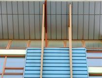 Abstrakt arkitekturdetalj av nybygge Arkivfoto