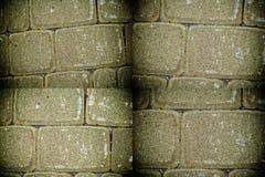 Abstrakt bakgrund av den orange tegelplattategelstenväggen Texturyttersida av stenväggen Royaltyfri Foto