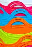 Abstrakt bakgrund av färgrika plast- korgar Royaltyfri Bild