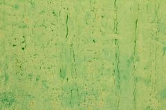 Abstrakt bakgrund av gammal grön målarfärg på metallyttersidan Arkivfoto