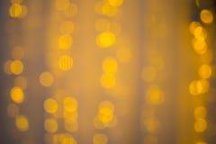 Abstrakt bakgrund av suddigt tänder med bokeh verkställer Royaltyfri Bild