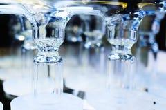 Abstrakt bakgrund med blåa glass rör Royaltyfri Fotografi