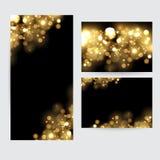 Abstrakt bakgrund med guld mousserar Skinande defocused guld- bokeh tänder på svart bakgrund Fotografering för Bildbyråer