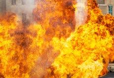 Abstrakt begrepp av brandflamman som exploderar Royaltyfria Foton