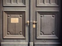 Abstrakt begrepp av dörrar Arkivfoton