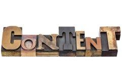 Abstrakt begrepp för nöjt ord i blandad wood typ Arkivbilder