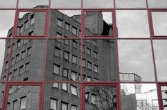 Abstrakt begrepp 1 för Offie byggnadsreflexion Royaltyfri Fotografi