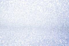 Abstrakt begrepp försilvrar blänker bokehljus med mjuk ljus bakgrund royaltyfria bilder