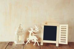 Abstrakt begrepp filtrerat foto av den dekorativa svart tavlaramen Royaltyfri Bild