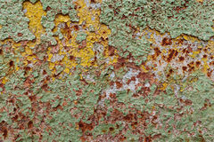 Abstrakt begrepp korroderade målarfärg för skalning för väggen för färgrikt järn för tapetgrungebakgrund rostig konstnärlig Arkivfoto