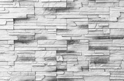 Abstrakt begrepp red ut textur befläckt gammalt stuckaturljus - gråna och åldras för tegelstenväggen för målarfärg vit bakgrund fotografering för bildbyråer