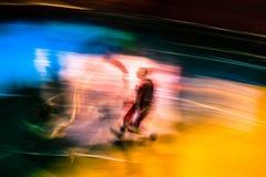 Abstrakt begrepp som göras suddig i film av basketspelare arkivbilder