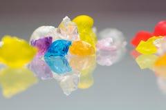 Abstrakt begrepptexturer och modeller av brutna gelébollar Arkivbilder