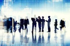 Abstrakt bild av affärsfolks upptagna liv royaltyfri bild