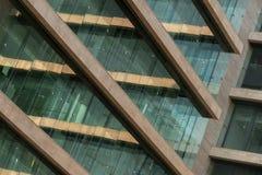 Abstrakt bild av en modern byggnad royaltyfria foton