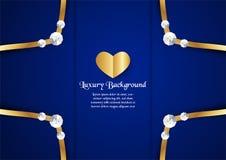 Abstrakt blå bakgrund i högvärdigt begrepp med den guld- gränsen Royaltyfri Fotografi